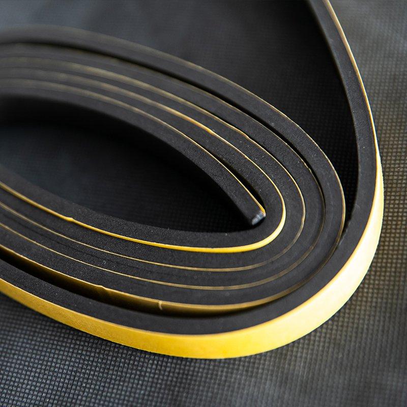 strisce adesive isolanti Neoprene